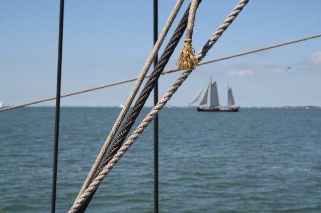 Segelnd unterwegs auf dem IJsselmeer